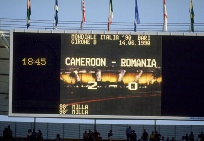 Camerun-Romania 2-1; il tabellone del San Paolo