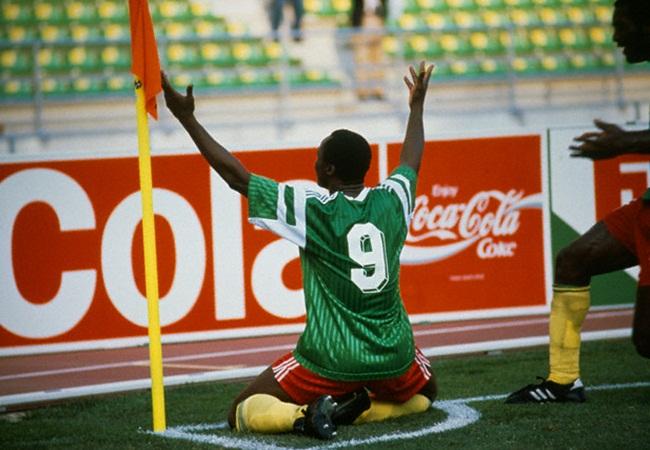 Camerun-Romania 2-1; l eroe nazionale Roger Milla