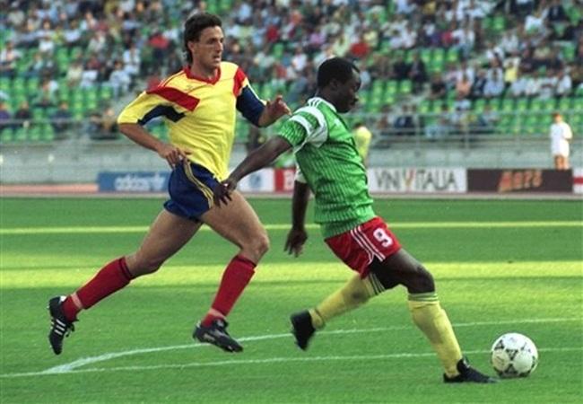Camerun-Romania 2-1; sempre lui, Roger Milla