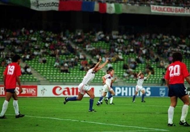 Cecoslovacchia-Costarica 4-1; la gioia di Skuhravy, autore di una tripletta