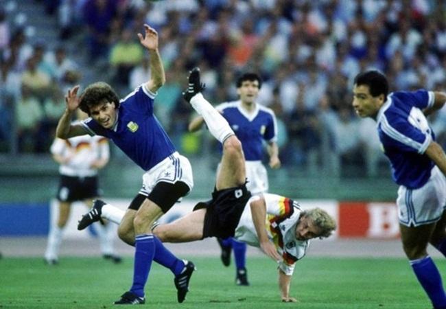 Germania-Argentina 1-0; acrobazia di Voeller