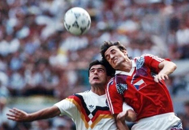 Germania-Cecoslovacchia 1-0; Berthold e Knoflicek