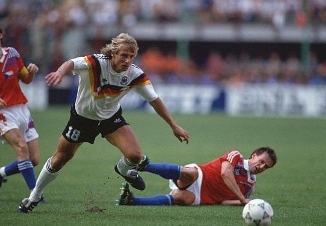 Germania-Cecoslovacchia 1-0; Klinsmann si fa largo