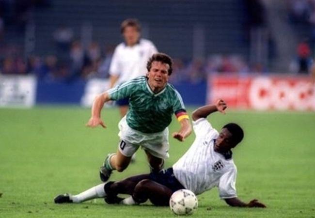 Germania-Inghilterra 1-1 (4-3 dcr); Matthaus e Parker