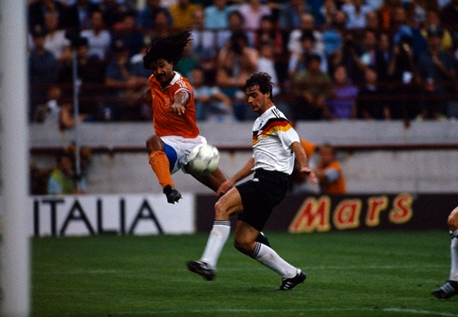 Germania-Olanda 2-1; Gullit e Berthold
