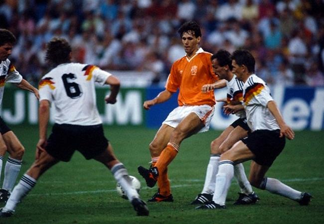 Germania-Olanda 2-1; Van Basten ostaggio dei tedeschi