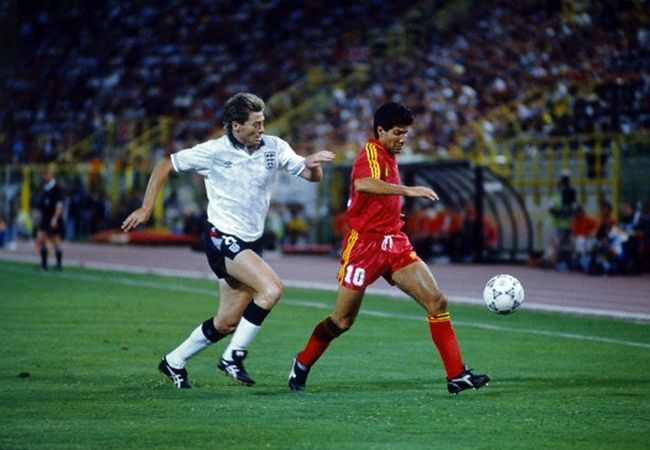 Inghilterra-Belgio 1-0; Waddle e Scifo