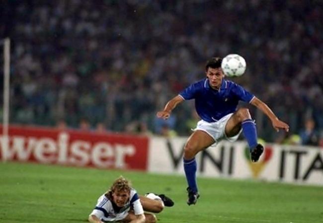 Italia-Stati Uniti 1-0; Doyle e Maldini