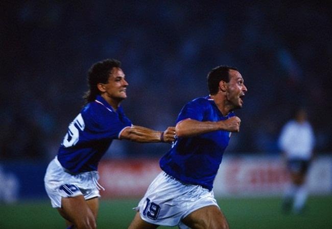 Italia-Uruguay; ancora loro, Schillaci e Baggio