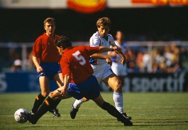 JUGOSLAVIA-SPAGNA 2-1; SANCHIS E SUSIC