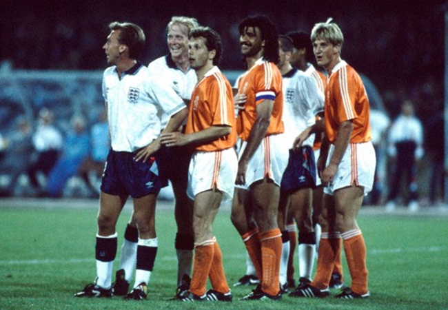 Olanda-Inghilterra 0-0; tutti in fila.....