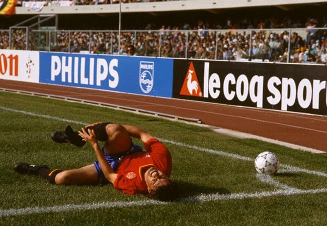 Spagna-Belgio 2-1; infortunio a Michel