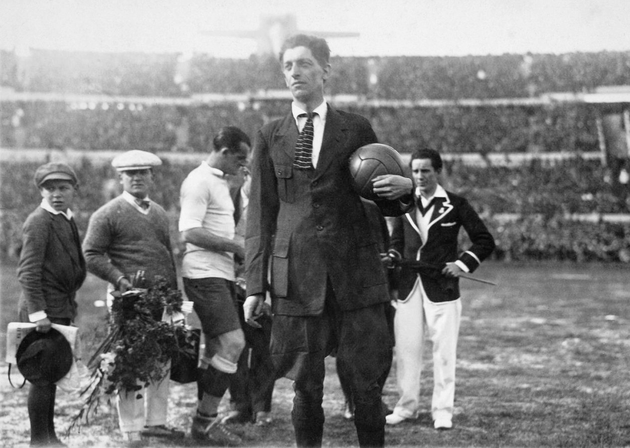 1930 Uruguay-Argentina 4-2 John Langenus
