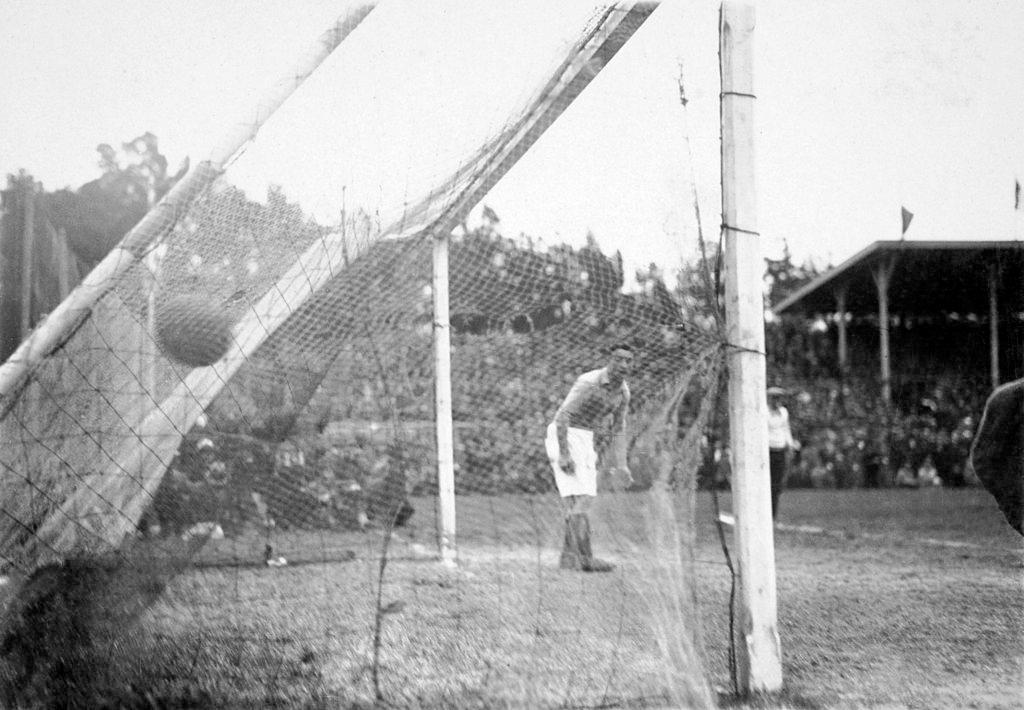 argentina-francia-1930-rete-monti