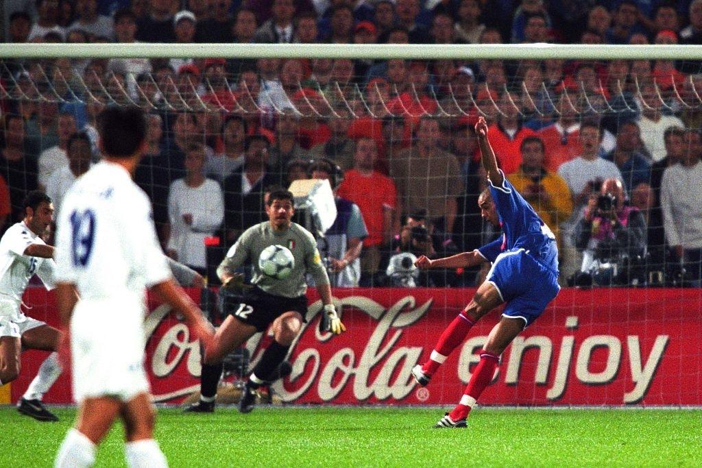 trezeguet-golden-gol-2000