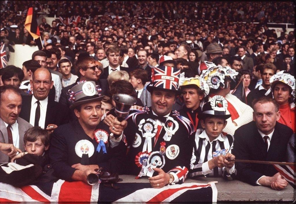 tifosi-finale-1966-palumbo
