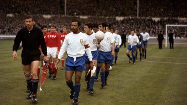 29 luglio 1966 - Il terzo posto è del Portogallo, battuti i russi a 2' dalla fine