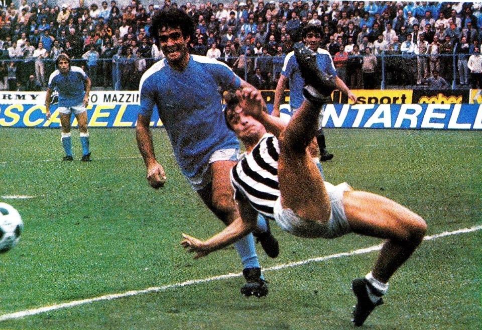 Ascoli – Napoli 0-0, acrobazia di Pircher in area partenopea