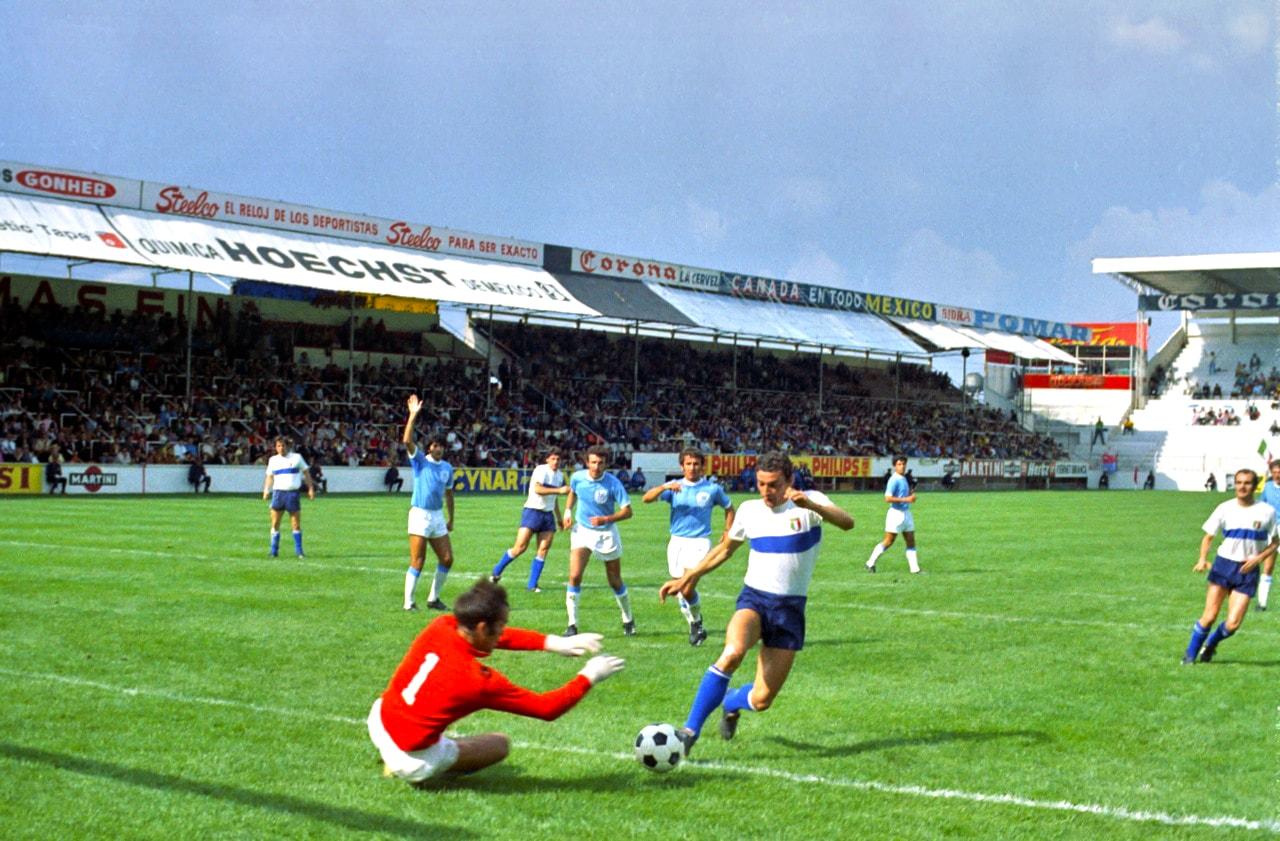Gigi-Riva-v-Israel-World-Cup-1970